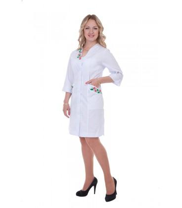 Медицинский женский халат скрасивой вышивкой Х-2161
