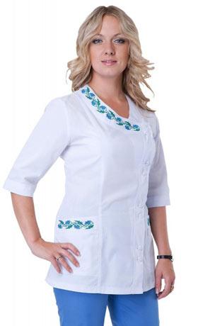 костюм медицинский с вышивкой