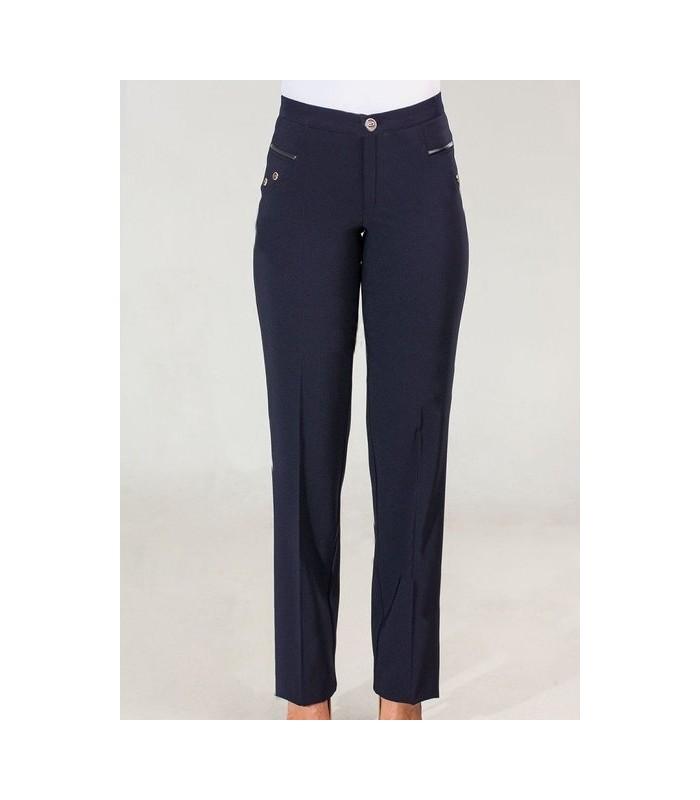 темные женские брюки